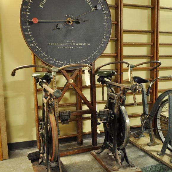 Narragansett Machine Co. Standard Bicycle Trainer