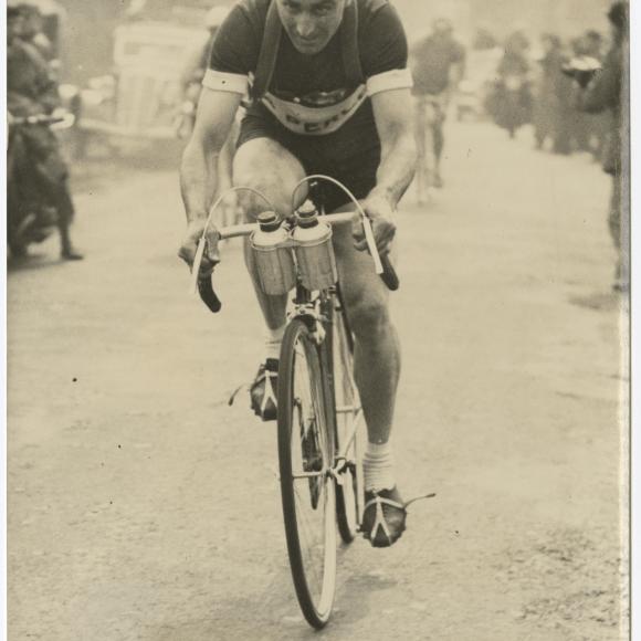 Émile Idée Cycling Photograph